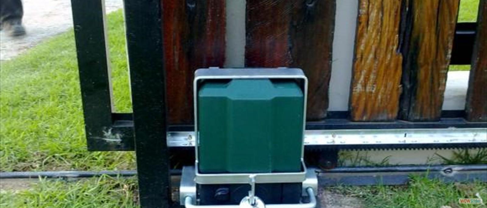 Gate motor repairs centurion 0818316787 gate motor for Best electric gate motors